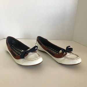 Sperry one eye top siders 8.5 white patent leather
